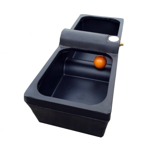 Titan Water Trough - Drinker 30 Gallon/136 Lt
